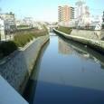 16 北清水橋より上流を眺める